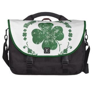 El día de St Patrick feliz - estilo del vintage Bolsa De Ordenador