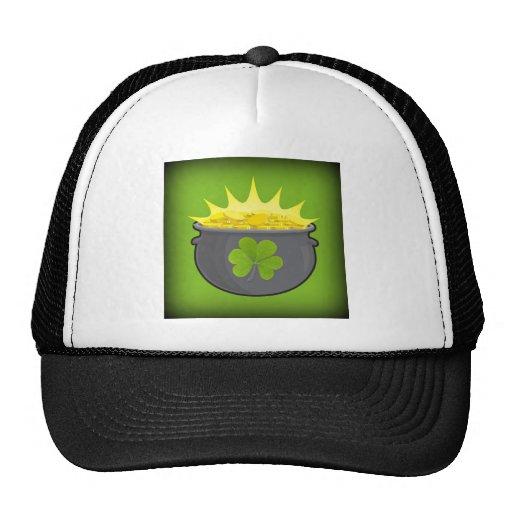 ¡El día de St Patrick feliz! Gorro De Camionero