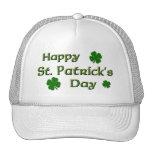El día de St Patrick feliz Gorros