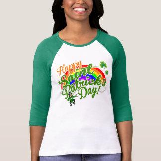 El día de St Patrick feliz T Shirt