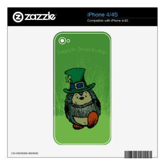 ¡El día de St Patrick feliz! Skins Para iPhone 4
