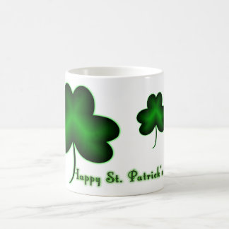 ¡El día de St Patrick feliz! Taza Clásica
