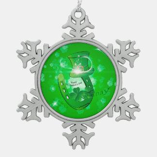 El día de St Patrick, gorra verde con la herradura Adorno De Peltre En Forma De Copo De Nieve