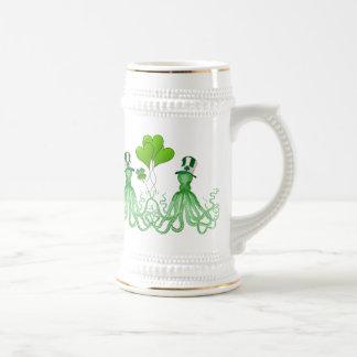 El día de St Patrick irlandés divertido de los pul Taza De Café