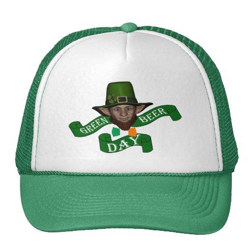 El día de St Patrick lindo divertido del leprechau Gorro