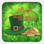 """El día de St Patrick - suerte del irlandés """" Pegatina Cuadrada"""