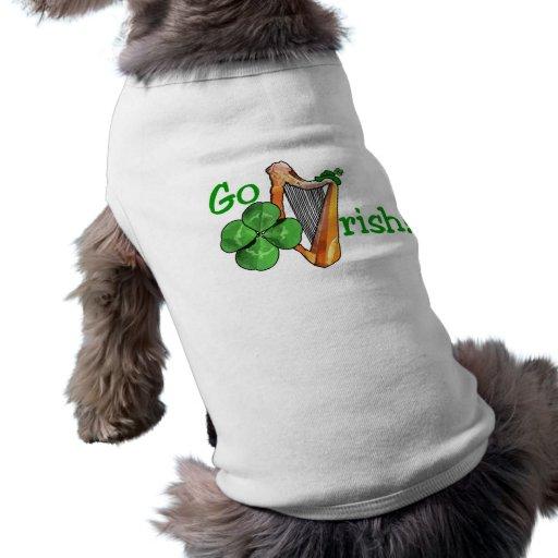 ¡El día de St Patrick - van los irlandeses! Ropa Perro