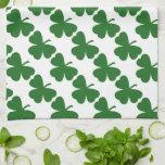 El día de St Patrick verde de los tréboles Toallas De Mano