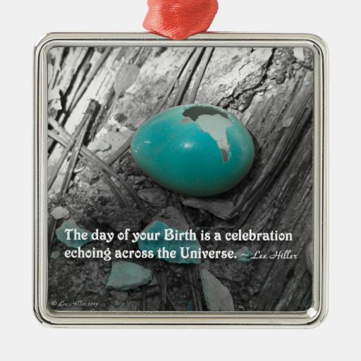 El día de su nacimiento es… adorno navideño cuadrado de metal