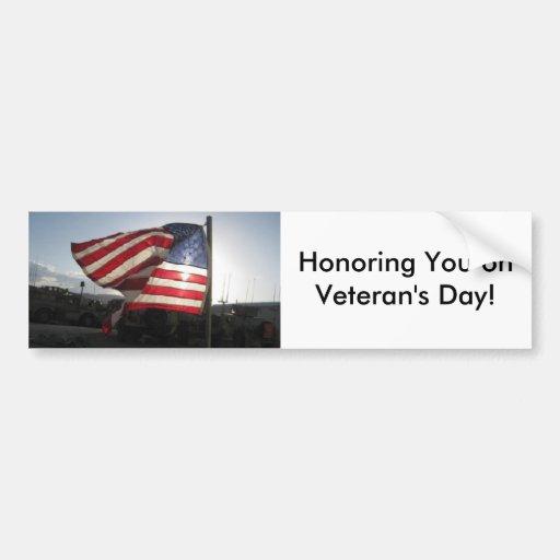 ¡El día de veterano feliz! Etiqueta De Parachoque