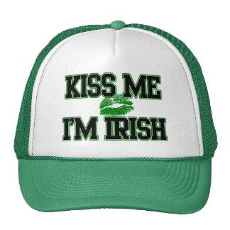 El día divertido del St Patricks me besa que soy