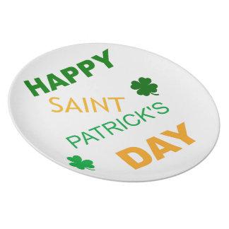 El día feliz de San Patricio Platos