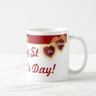 El Día-Personalizar de la tarjeta del día de San V Taza