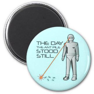 El día que la pila de la hormiga todavía se coloca imán redondo 5 cm