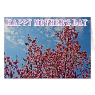El día y las flores de cerezo de madre tarjeta de felicitación