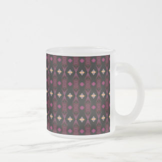 El diamante observa la taza de café