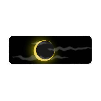 el dibujo animado de la luna de la nube etiqueta de remite