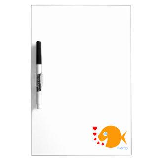 El dibujo animado del Goldfish con los corazones s Tableros Blancos