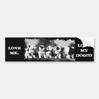 El dibujo animado del perro de ovejas del perro pa etiqueta de parachoque