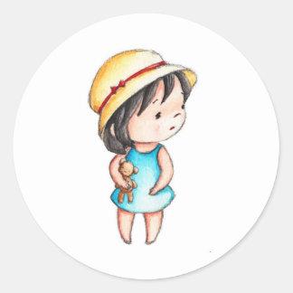 El dibujo de la niña con el oso de peluche pegatina redonda