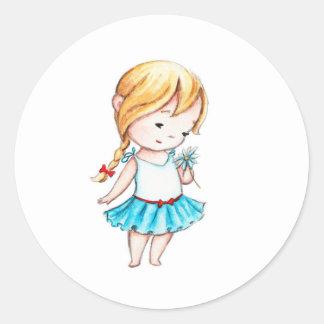 El dibujo de la niña con una margarita pegatina redonda