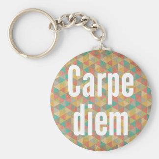 El diem de Carpe, agarra el día, modelo colorido Llavero Redondo Tipo Pin