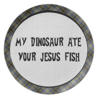 El dinosaurio come los pescados de Jesús Plato Para Fiesta