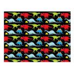 El dinosaurio diseña verde del rojo azul en negro postales