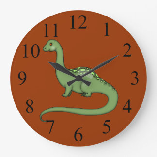El dinosaurio largo verde del cuello embroma el reloj redondo grande