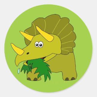 El dinosaurio lindo del Triceratops embroma los Pegatina Redonda