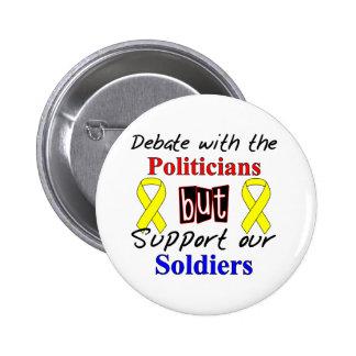 El discusión con los políticos pero apoya nuestro  pin