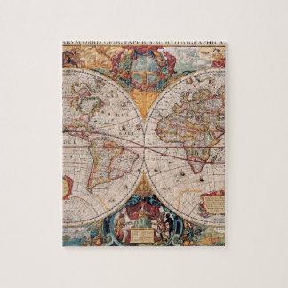 El diseño antiguo del mapa de Viejo Mundo del Puzzle