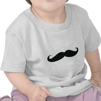 El diseño del bigote camiseta