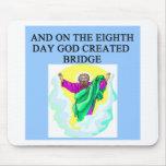 el diseño duplicado del jugador de puente alfombrilla de ratones