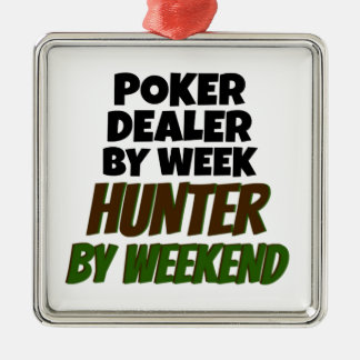 El distribuidor autorizado del póker ama el cazar ornamento de navidad