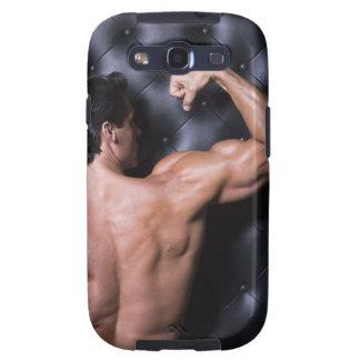 El doblar muscular del hombre galaxy s3 cobertura