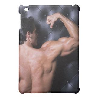 El doblar muscular del hombre