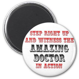 El doctor asombroso In Action Imán De Frigorífico