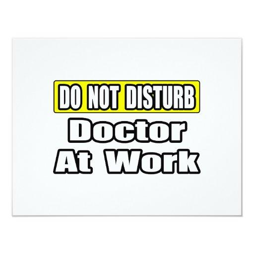 El doctor At Work Invitación 10,8 X 13,9 Cm