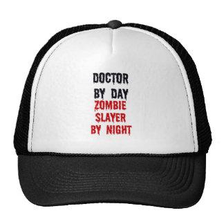 El doctor By Day Zombie Slayer por noche Gorros