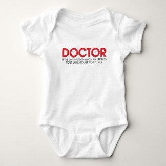 El doctor divertido y del humor Jokes T-shirts