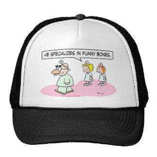el doctor especializa los vidrios del groucho de l gorras de camionero