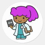 El doctor Girl Pegatina Redonda