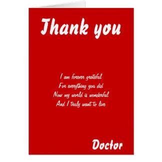 El doctor le agradece las tarjetas