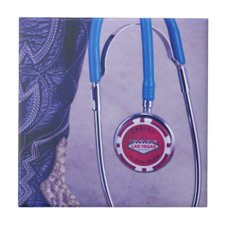 El doctor occidental púrpura Gambling Stethoscope Azulejo Cuadrado Pequeño