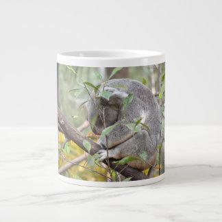 el dormir c de la cabeza de la koala abajo taza grande