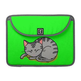 El dormir gris lindo del gato funda para macbooks