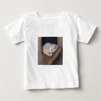 El dormir lindo del Fox ártico T-shirt