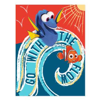 El Dory y Nemo el | van con el flujo Postales