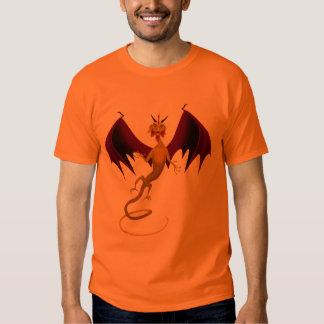 El dragón de oro remeras
